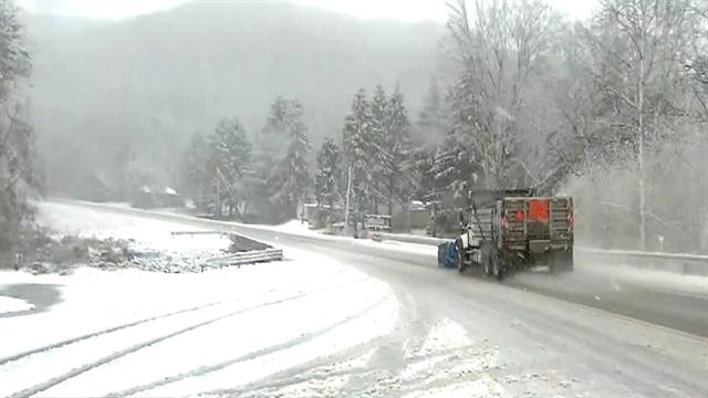 Sandy brings more snow to Appalachian Mountains