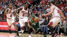 After Lineup Change, Isaiah Thomas Has Celtics In Control Against Bulls