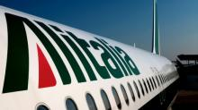 Alitalia strike grounds 200 flights