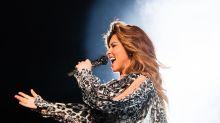 Shania Twain admite haberse hecho pipí en el escenario