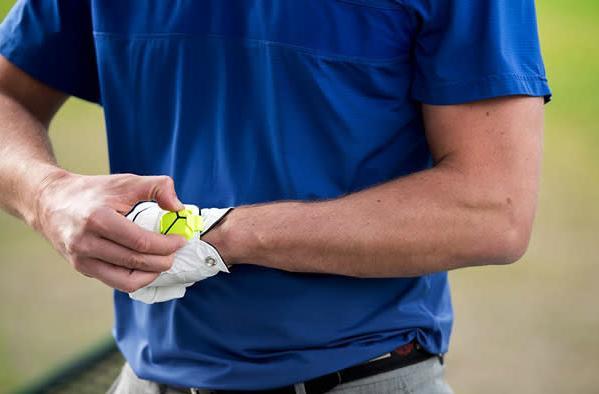 Zepp's tennis and golf swing sensor arrives in UK stores for £130