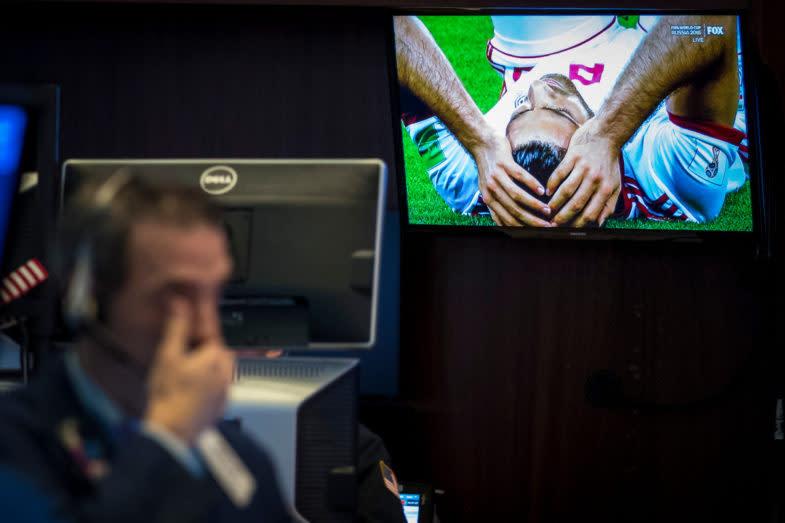Les autorités chinoises ont démantelé un réseau illégal de paris en ligne sur le dark web autour de la Coupe du Monde de football qui a atteint 1,5 milliards de dollars. Les participants ont fait ces paris en crypto-monnaies, dont le bitcoin, le litecoin