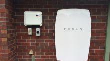 Tesla uses Powerwalls and solar panels to bring AC to Hawaii schools