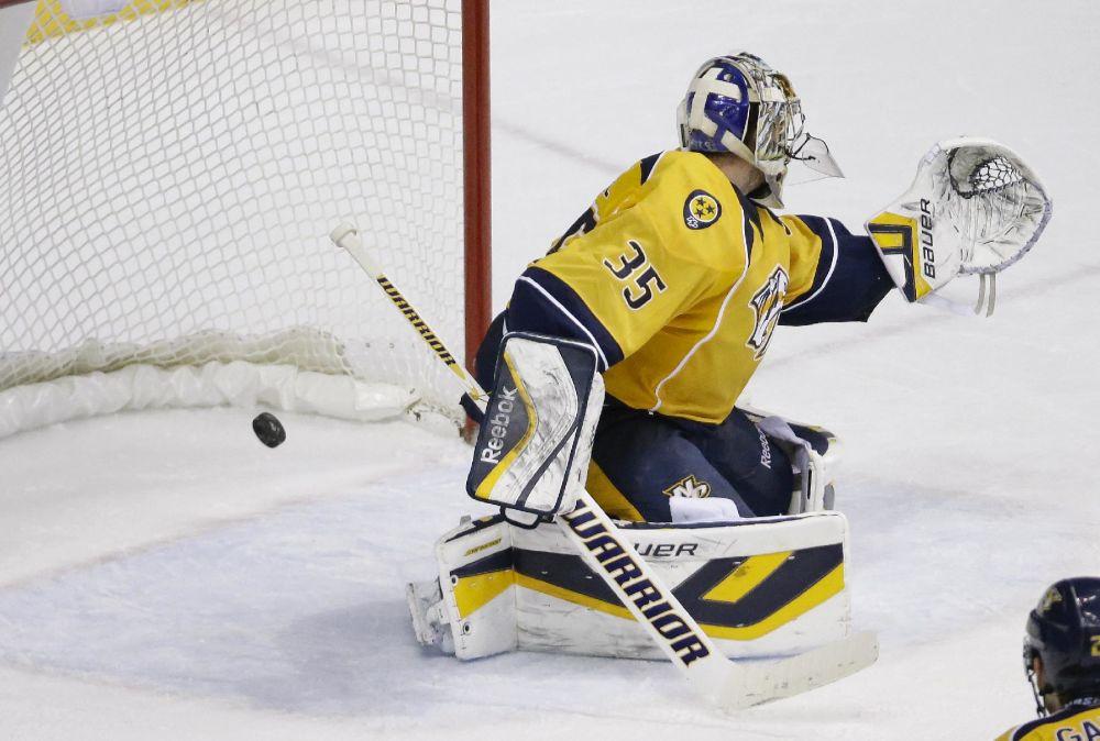 Predators trade goalie Devan Dubnyk to Montreal