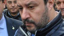 """Salvini: """"Inchieste lombarde una vergogna, su Zingaretti nulla e chissà perché"""""""