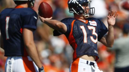 Siemian holds off Lynch for Broncos QB job