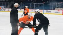 Flyers Notebook: At deadline, Laughton chose security over immediate success with Flyers