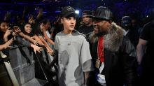 Justin Bieber Clears Up Floyd Mayweather Beef: 'We Just Need to Create Boundaries'