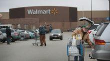 Wal-Mart busca recortar la distancia con Amazon
