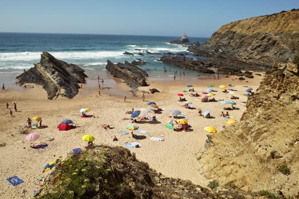 11 Reasons to Retire in Portugal's Algarve