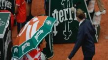 French Open 2020: Scarves, winter coats all around on Day 1 as 'ridiculous' cold sparks player revolt