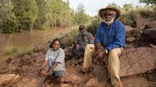 'Legacy of sadness': Glencore says sorry to traditional owners over NT mine as it seeks expansion