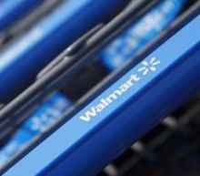 Wal-Mart to give more hours to current staff this holiday season
