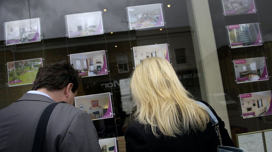 Demand for homes priced at £400,000 to £500,000 'jumps 49% after stamp duty cut'