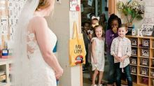This Kindergarten Teacher Did A Wedding 'First Look' With Her Students