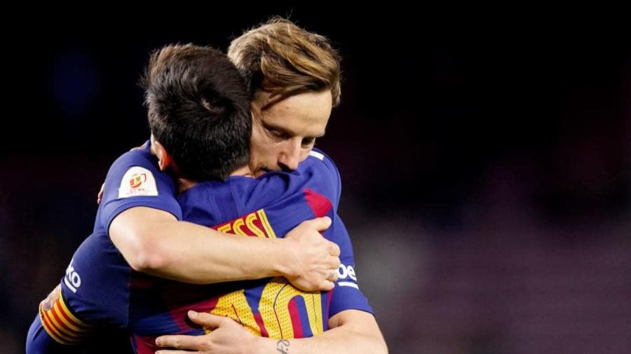 Tras derrota en el Camp Nou, Ivan Rakitic le recuerda a Lionel Messi el título que nunca ganará