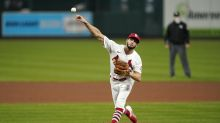 Cards' Ponce de Leon loses no-hit bid with 6 outs left