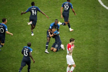 2018-07-15T215350Z_1_LYNXMPEE6E189_RTROPTP_2_SOCCER-WORLDCUP-FINAL - FIFA 2018 WORLD CUP RUSSIA - World Cup Football | Fifa Soccer