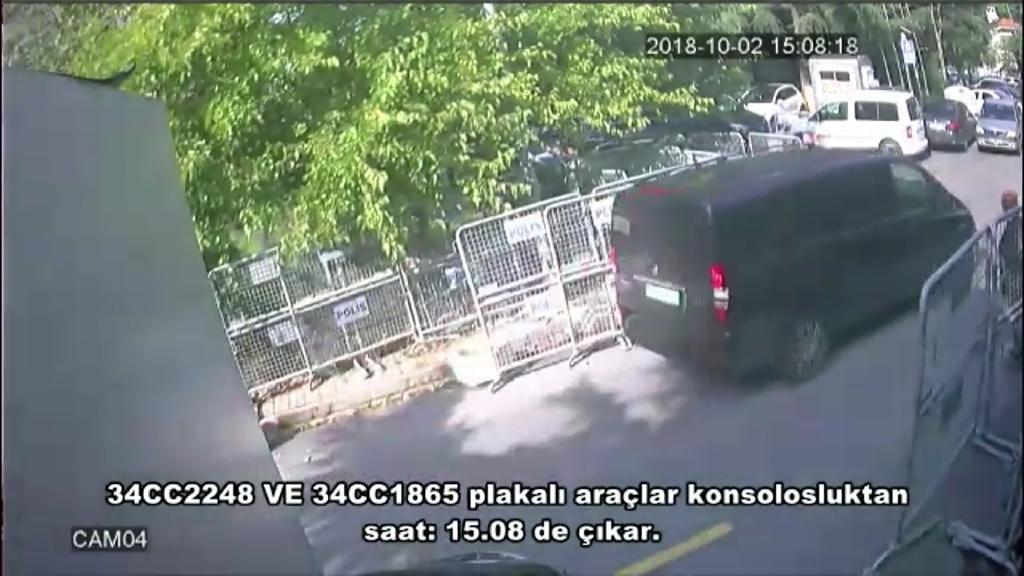 A frame grab on October 10, 2018 taken from a police CCTV video made available through Turkish Newspaper Sabah allegedly shows a black van in front of the Saudi consulate in Istanbul on October 2 the day that Jamal Khashoggi disappeared (AFP Photo/-)