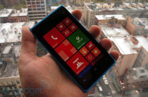 Nokia Lumia 920 for AT&T hands-on: a Windows Phone 8 flagship with PureView imaging and LTE (video)