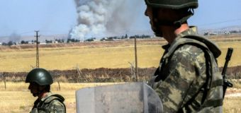 Turkey strikes IS as Syria border tensions flare