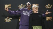 Snoop Dogg trolls Tekashi 6ix9ine by reminding everyone Martha Stewart never snitched