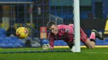 Everton denied as Pickford howler rescues Leicester