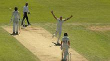 Boycott slams England for 'batting without brains'