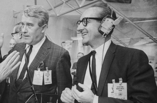 Apollo and Space Shuttle pioneer George Mueller dies