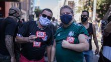 Torcidas de futebol se unem em defesa da democracia e contra o fascismo