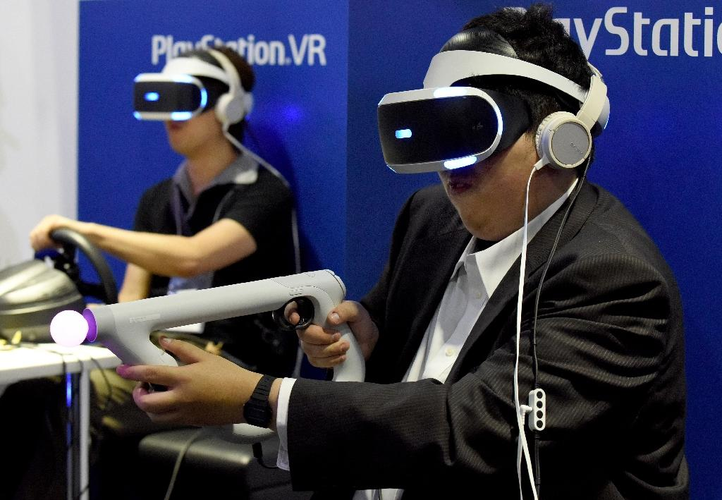 Sony tapping virtual reality with PlayStation headset