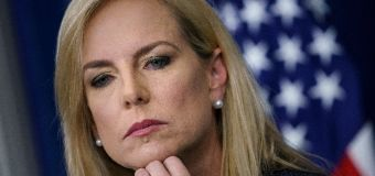 DHS secretary heckled at Mexican restaurant