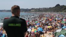 Police cordons to stop crowds at Bournemouth beach amid fears of heatwave