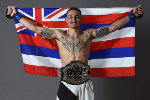 Max Holloway says he won't chase a Conor McGregor fight if the Irishman isn't interested. (Getty)