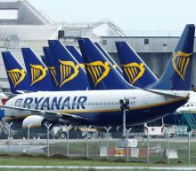Ryanair's holiday bookings surge, sees UK dropping quarantine