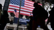 Wall Street cierra en fuerte baja por coronavirus