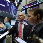 Major Indexes mixed as CAT, Boeing report weak earnings