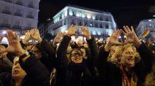 """""""Ni un paso atrás"""": miles de mujeres se movilizan en toda España por sus derechos"""
