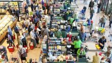 Higher Consumer Spending Indicates Solid Retail Earnings