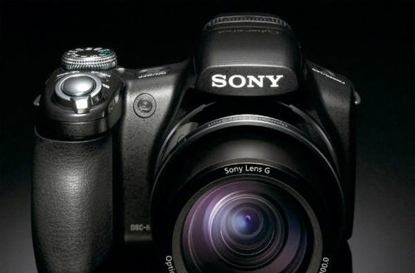 Sony's CyberShot DSC-HX1 camera gets official, coming March for $500