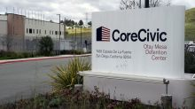 Nearly 1,000 U.S. immigration detention center employees test positive for coronavirus