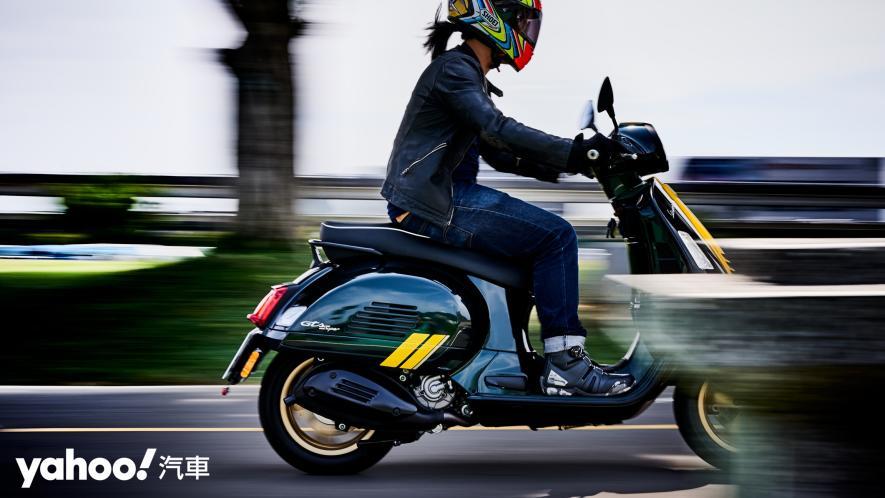 自由誠可貴的二輪時光機!2020 Vespa GTS 300 Racing Sixties城郊試駕! - 14