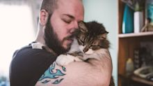 5 Signs Your Cat Genuinely Bonded With You During Lockdown