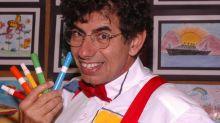 Acervo de Daniel Azulay é leiloado em ação beneficente