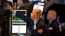 Wall Street cierra con Nasdaq en récord pero sufre por el petróleo