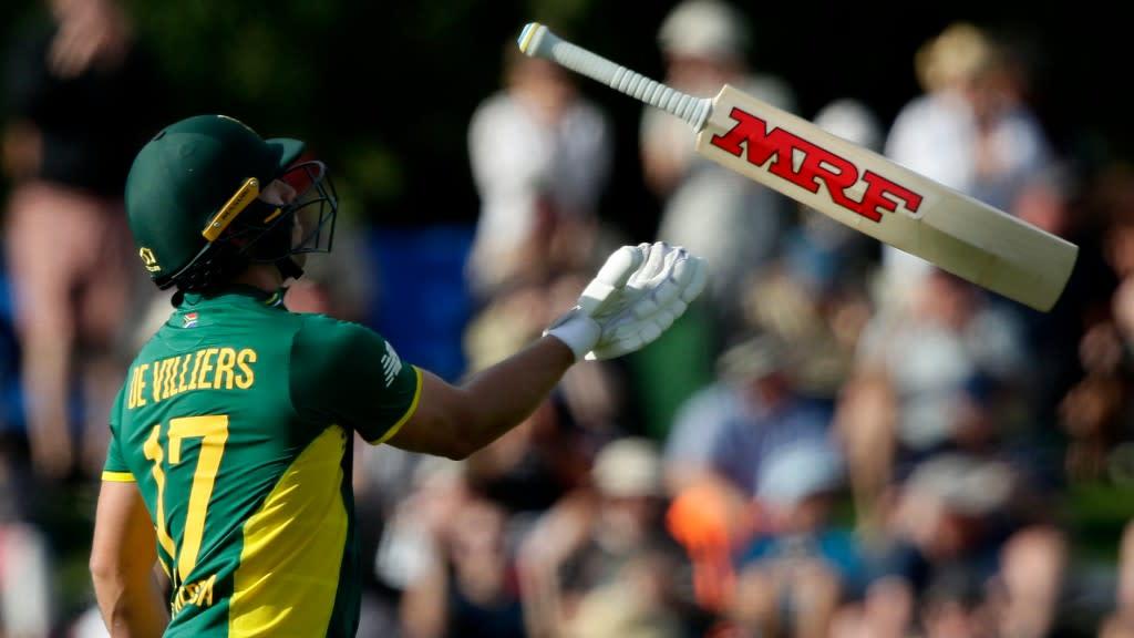 Ab de villiers fastest to reach 9000 odi runs in 9005 balls for Villiers 86