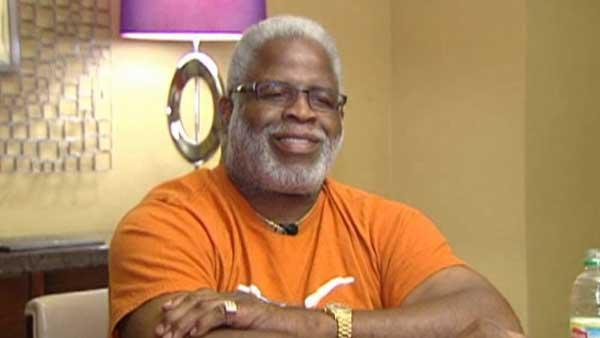 Earl Campbell talks about Royal's death