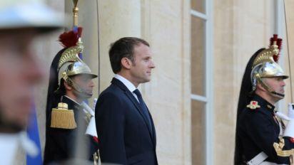 Popularité: Macron et Philippe stables malgré leur rentrée médiatique