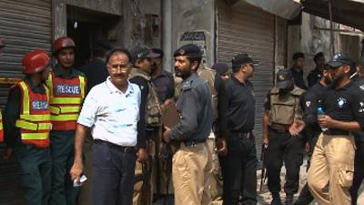 Pakistan: 9 dead in attack on police in Lahore