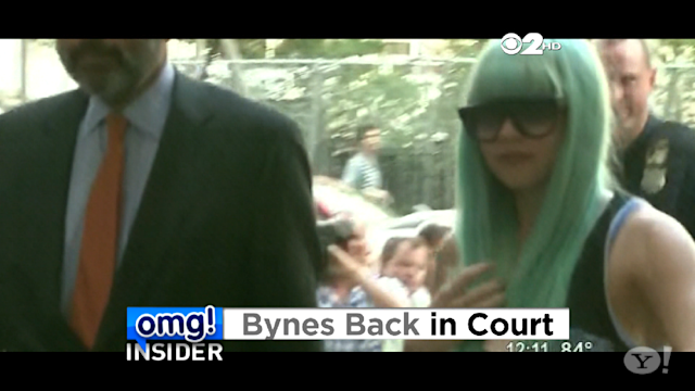 Amanda Bynes Returns to Court Wearing Blue Wig and Sweats